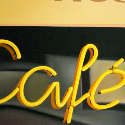 abricot (Café) / Öl auf Leinwand / 60 x 90 cm / 2011 / verkauft